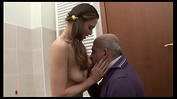 Порно игра в напёрстки