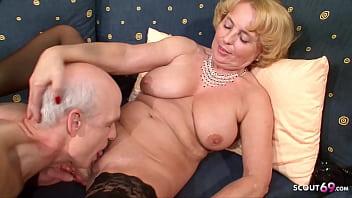 Две извращенная блонды развлекаются