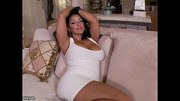 Джулианна вега поеблась с мужчиной по окончании массажа и обрела сперму во внутрь
